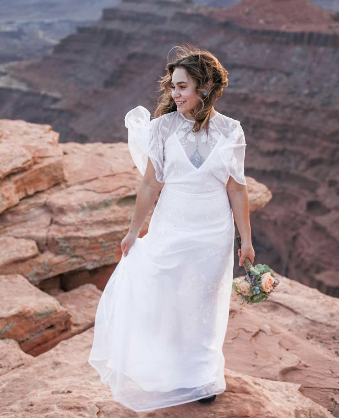 Moab wedding adventure wedding adventure elopement deser wedding